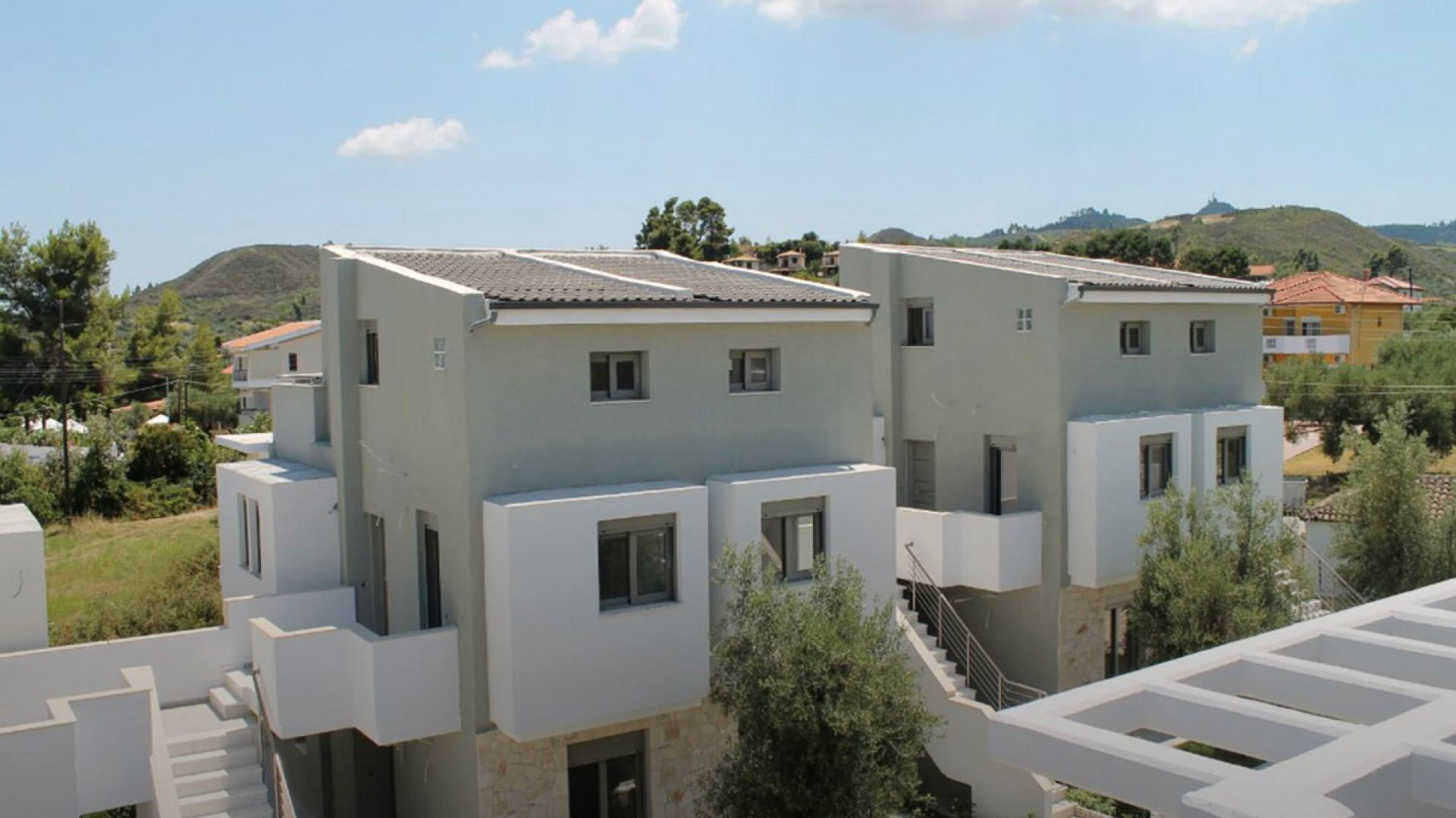 The magnificent exterior of the luxurious apartment in Pefkochori from Apartment Chalkidiki